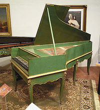 220pxgrand_piano_1781_france__louis