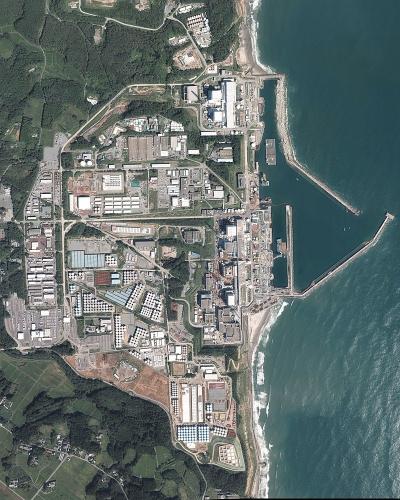 800pxfukushima_i_nuclear_power_plant_aer